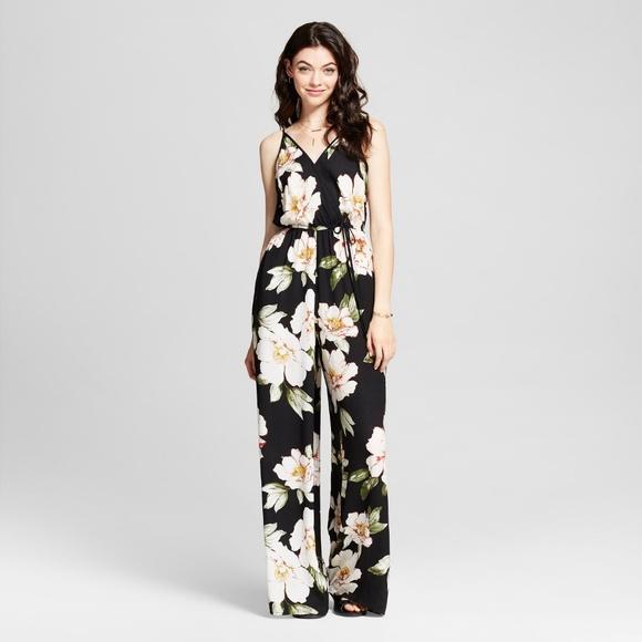 39757163614 Floral V-Neck Jumpsuit